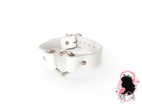 White Leather Heart Ring Wristband